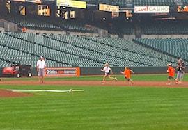 Orioles, kids running bases